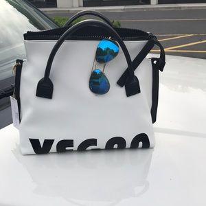 Handbags - Brand new !!Expressions NYC Vegan women's bag 💕